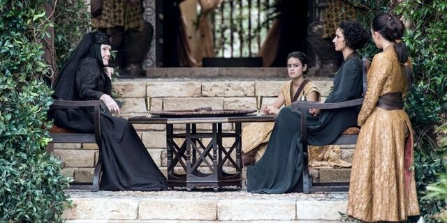 File:Ellaria and Olenna make plans s6finale.jpg