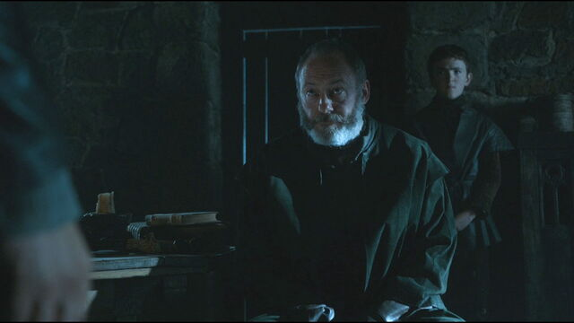 File:Davos speaks with Jon.jpg