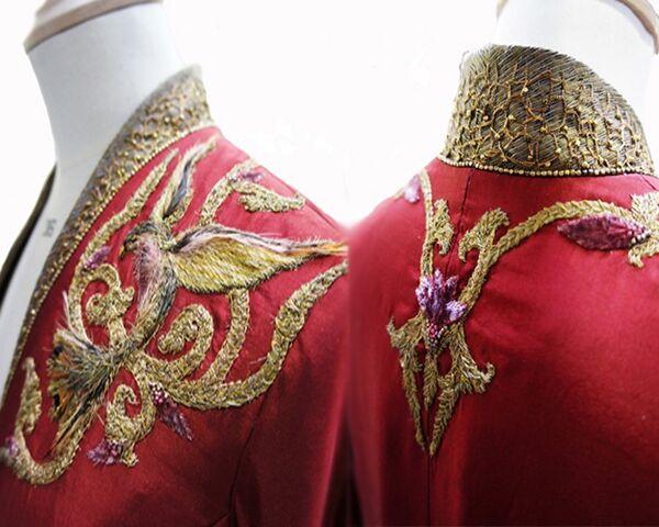 File:Cersei costume embroidery 2.jpg