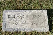 Brush-RichardArlington tombstone