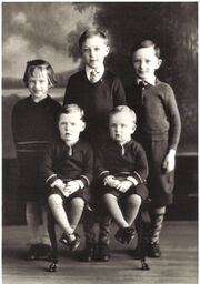 Hans Family (approx 1933