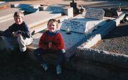 Nana popas loxton grave