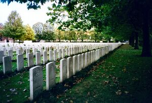 Commonwealth-war-graves-wwi-cemetary-belgium.redvers