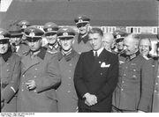 Bundesarchiv Bild 146-1978-Anh.024-03, Peenemünde, Dornberger, Olbricht, Leeb, v. Braun