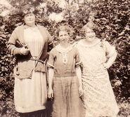 Margaret Piatt (1879-1952); Bertha Janette Piatt (1887-1987); and Nora Belle Conklin (1902-1963) in Westbrookville, New York in July of 1927
