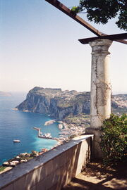 Overlooking Capri harbour from the rotunda in Villa San Michele hires