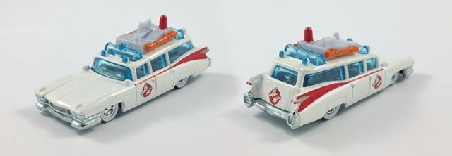 File:Hot Wheels Real GB Ecto1 Diecast04.jpg