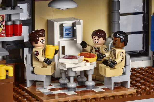 File:Lego-ghostbusters-firehouse-2.jpg