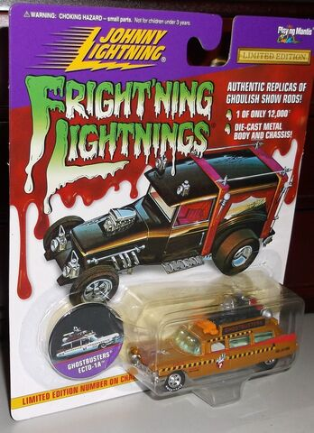 File:Johnny Lighting Ecto1A Gold.jpg