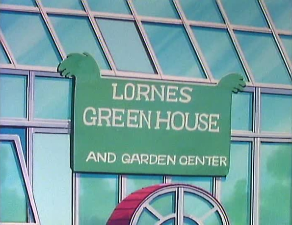 File:LornesGreenhouseAndGardenCenter01.jpg
