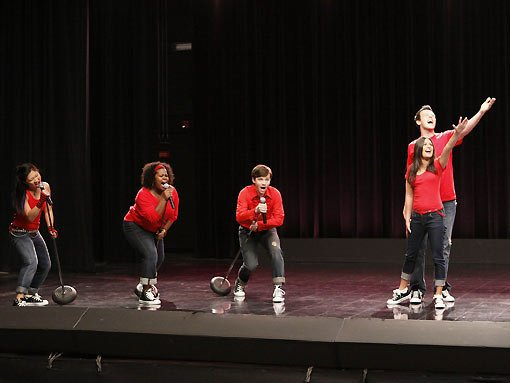 File:Glee dont stop.jpg