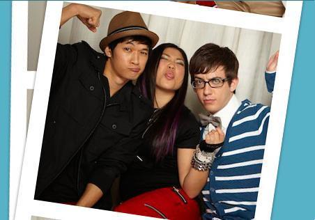 File:Glee-Cast-Fox-Photo-Booth-Photo-Shoot-glee-11380034-452-316.jpg