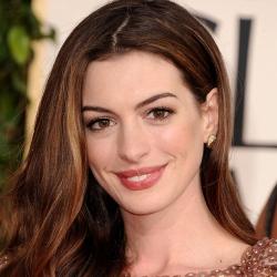 File:Anne Hathaway2.jpg