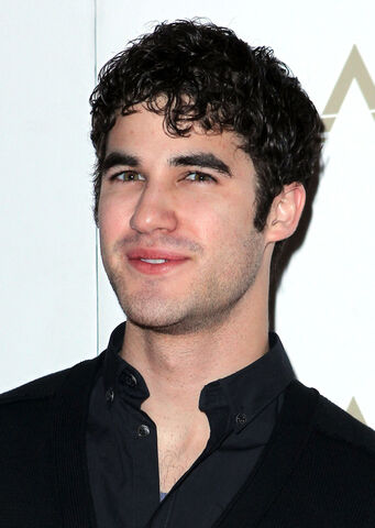 File:Darren-criss-lavo-birthday-02272011-06.jpg