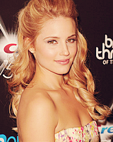 File:DiannaAgron7.png