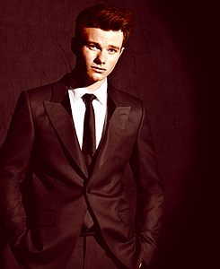 File:Chris colfer 5.png