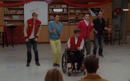 File:LetMeLoveYouGlee.png