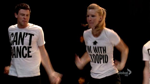 File:Glee-2x18-finn-brittany-cap-40.png