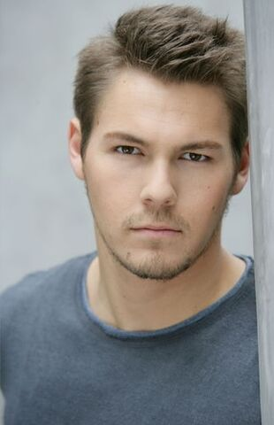File:Scott clifton.JPG