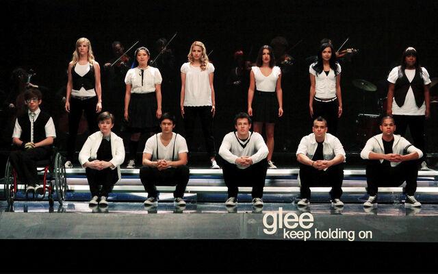 File:Glee Keep Holding On by annlaurence.jpg