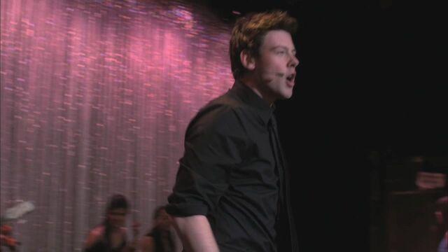 File:Glee216-1103.jpg