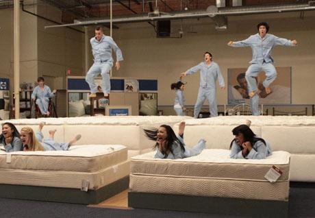 File:Glee 1259883973.jpg