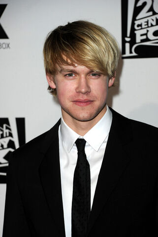 File:Chord+Overstreet+Fox+Golden+Globe+Awards+Party+y9M2Lq7rVqbl.jpg