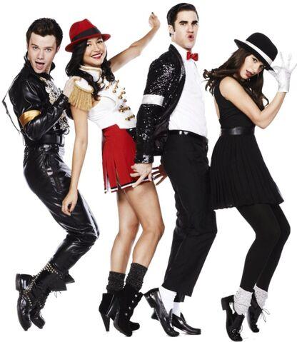 File:Glee by natystjames-d4mefba.jpg