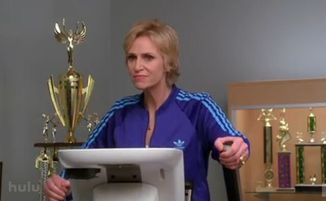 File:Jane-lynch-sue-sylvester-treadmill-glee.jpg