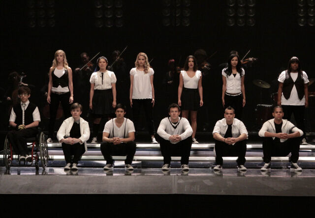 File:Glee-FOX-Takedown-7.jpg
