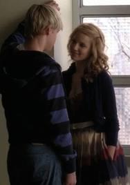 File:Quinn sam hallway.jpg