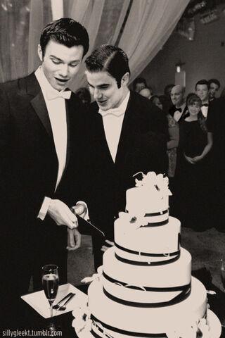 File:Klaine wedding.jpg