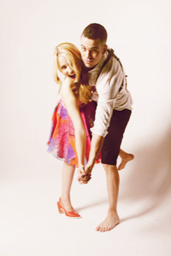 File:DiannaAgron&MarkSalling3.png