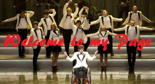 File:Glee cast 19.jpg