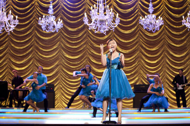 File:Charice Voca -Adrenaline Glee Finale.jpg