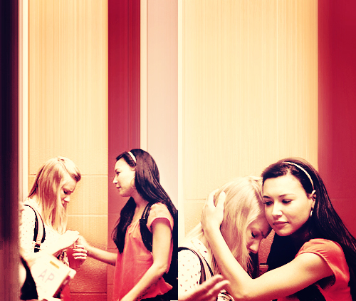 File:Brittana-brittany-and-santana-21515937-500-422.jpg