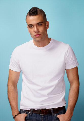 File:Noah-puckerman-glee-season-2.jpg