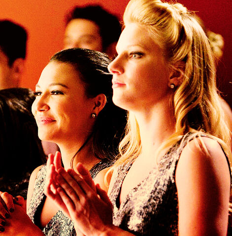 File:Brittana hold on to sixteen.jpg