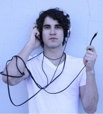 File:Darren Criss human.jpg
