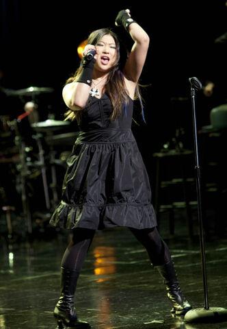 File:Glee ep217-sc23.jpg
