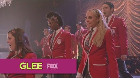 "GLEE - ""Chandelier"" (Full Performance)"