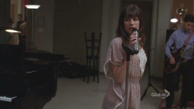 File:Rachel Glee.jpg