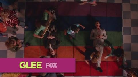 "GLEE ""Daydream Believer"" (Full Performance)"
