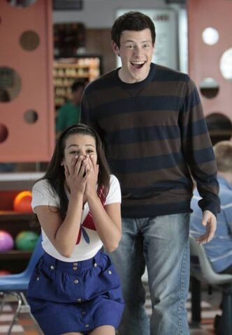 File:Glee-1x05-Rachel-Berry-Finn-Hudson-Promo-08 mid.jpg