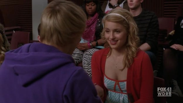 File:Glee.S02E13.HDTV.XviD-LOL.-VTV- 1469.jpg