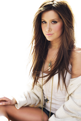 File:Ashley-tisdale-angelbell619-24314848-500-749.png