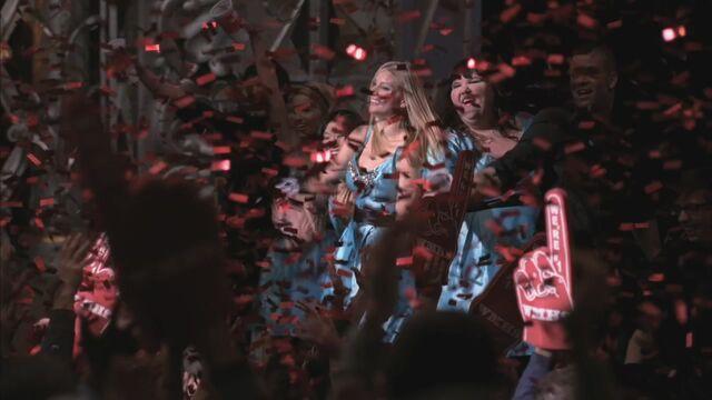 File:Glee216-1141.jpg