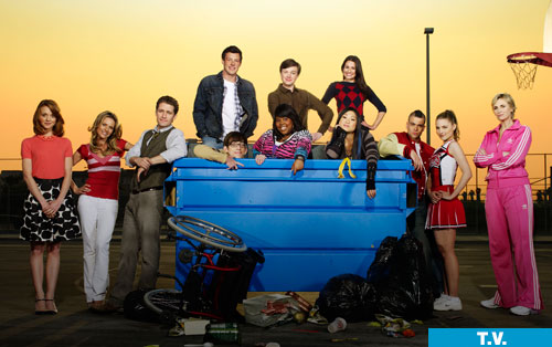 File:Gleek cast super biotch.jpg