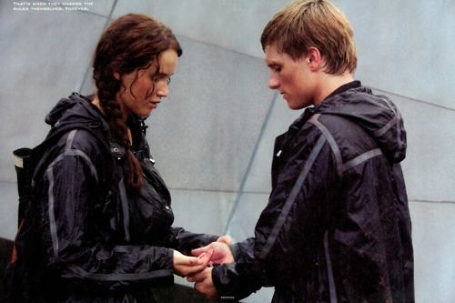 File:Katniss-peeta-together.jpg