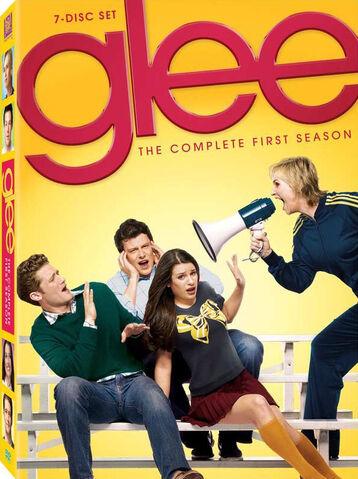 File:Glee DVD first season.jpg